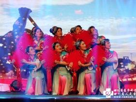 2019春晚-舞蹈《共圆中国梦》(离退休老年舞蹈队)