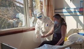 老年内分泌党支部开展新冠肺炎处置应急预案演练